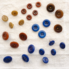 AVFKW - Naturally Dyed Buttons