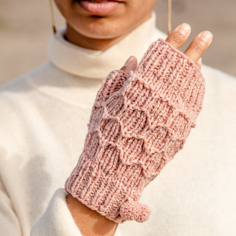 AVFKW x Angela Tong - The Hanikamu Mitts Kit - FALL 2019 LOOKBOOK