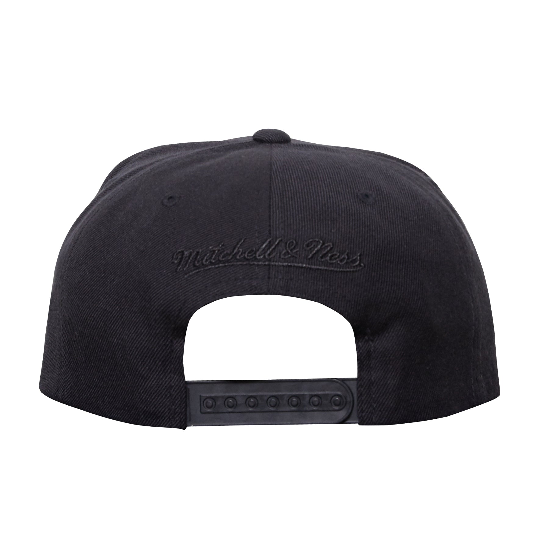 A&P X MITCHELL & NESS SNAPBACK (BLACK/RED)