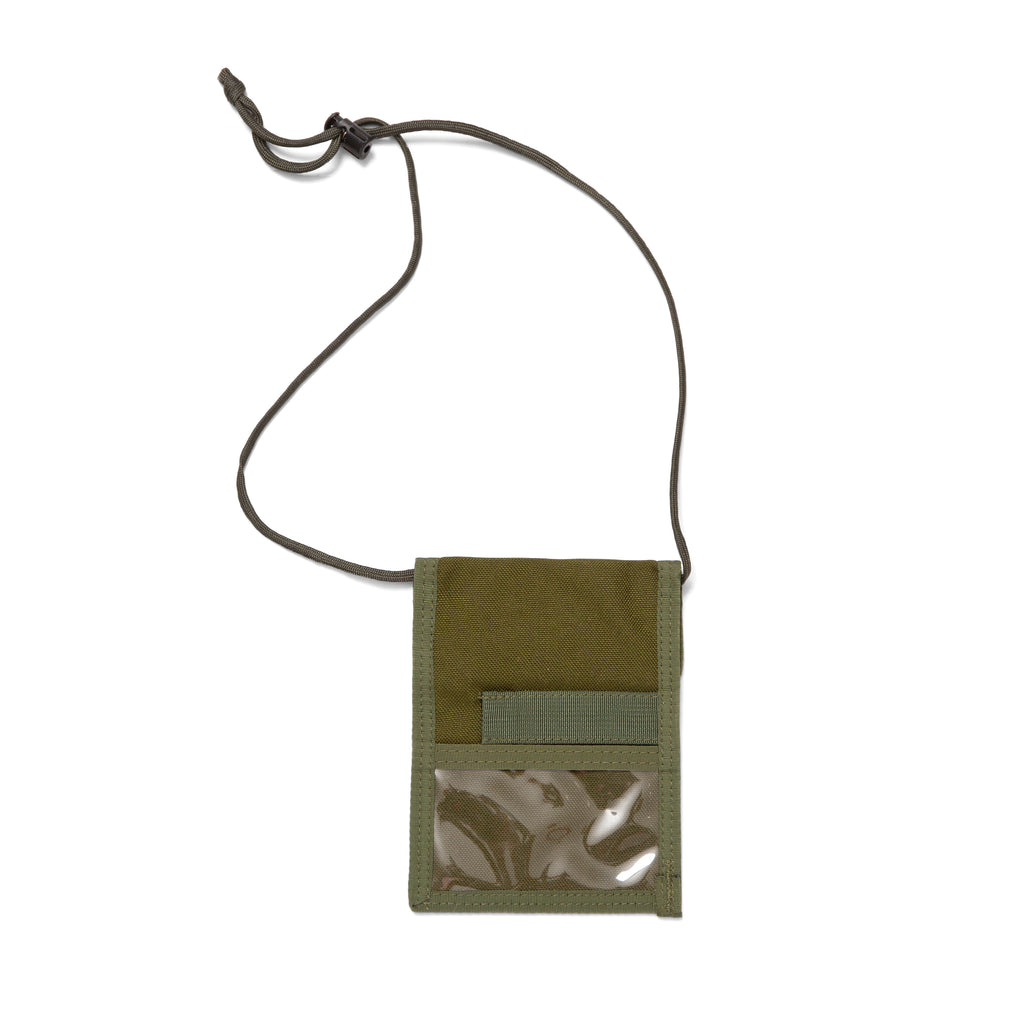 A&P PASSPORT HOLDER OLIVE