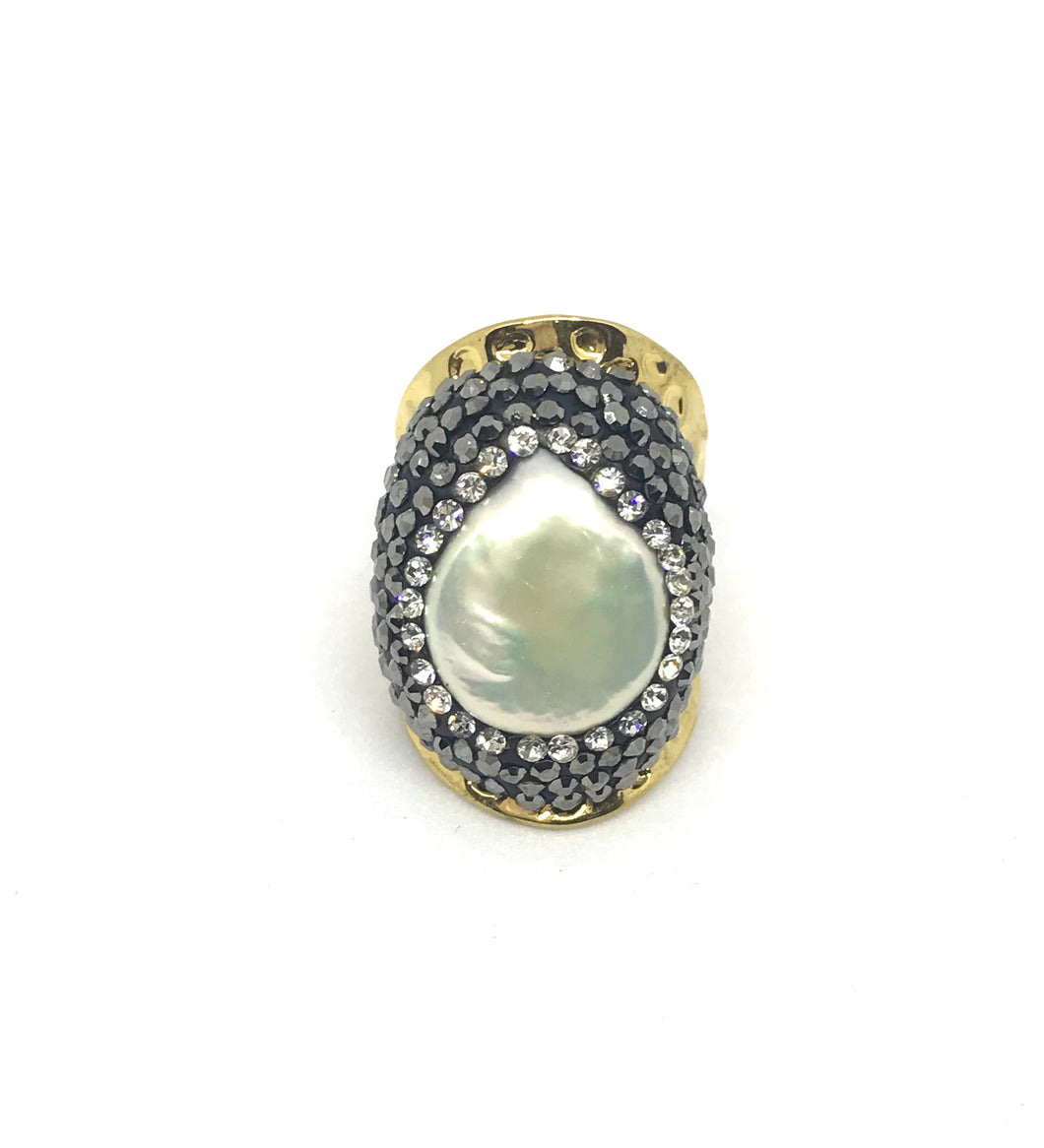 Pearl ring you Gold