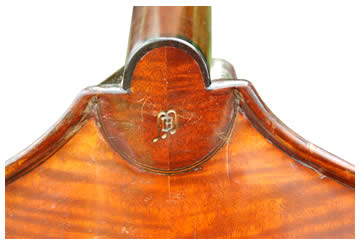 Back of bass close up – Italian Double Bass by Mario Bandini, Ravenna anno 1980