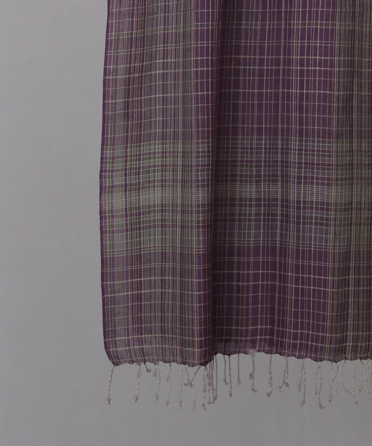 Violet stole with beige checkered stole