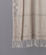 Beige jamdani stole in traditional motif