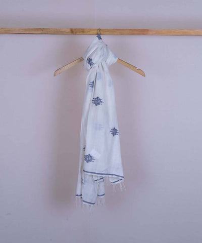 White handwoven cotton jamdani stole