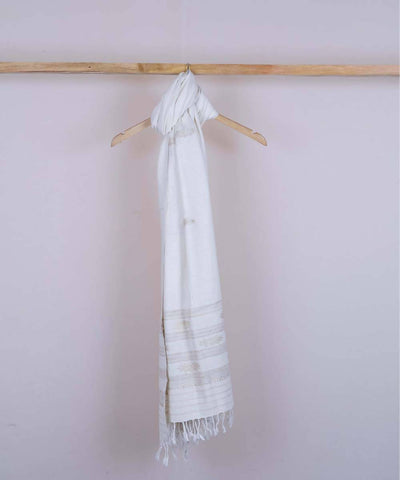 Off white handwoven cotton eri silk dupatta