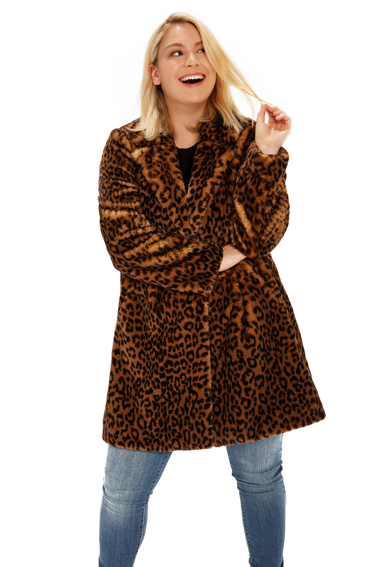 Plus Size Faux Fur soft coat plus size leopard detail