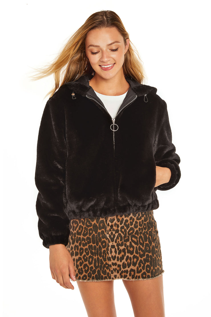 Juniors' Faux Fur hooded jacket black detail