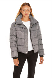 Juniors' Puffer jacket cropped plaid detail