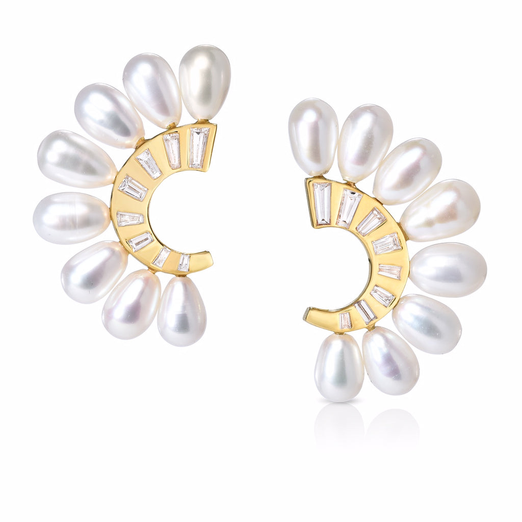 Guggenheim Earrings with Pearls