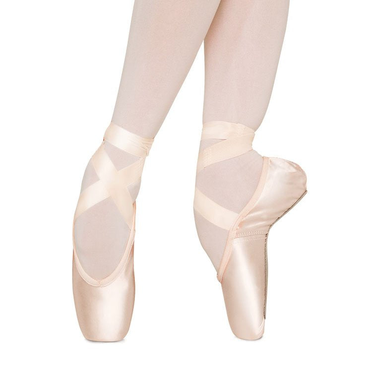 S0100 - Bloch Synergy Pointe Shoe