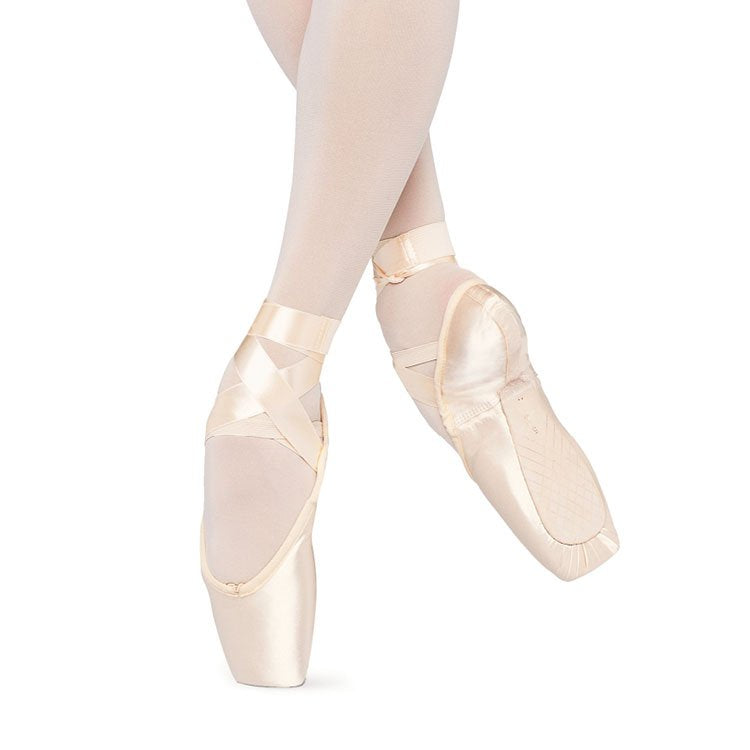 S0104 - Bloch Alpha Pointe Shoe