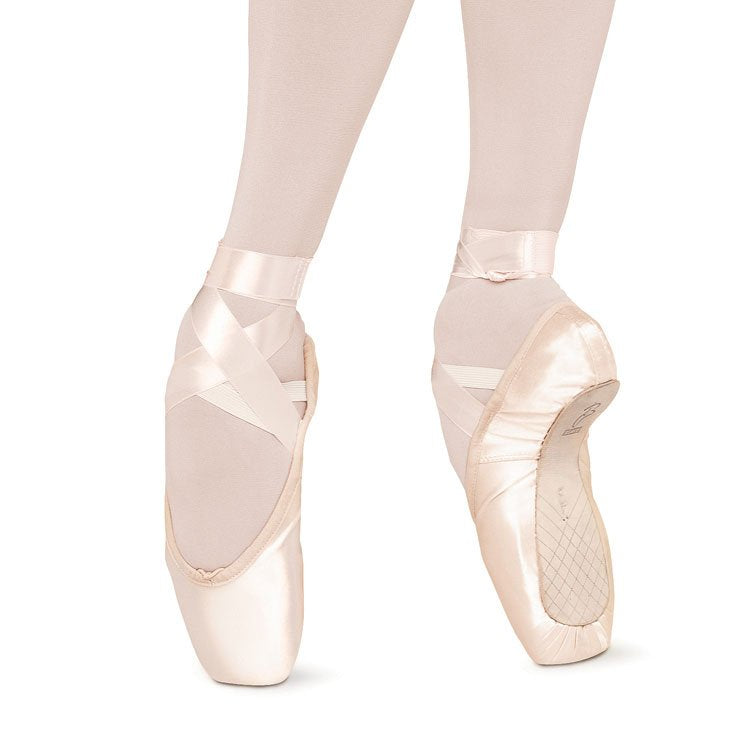 S0130 - Bloch Sonata Pointe Shoe