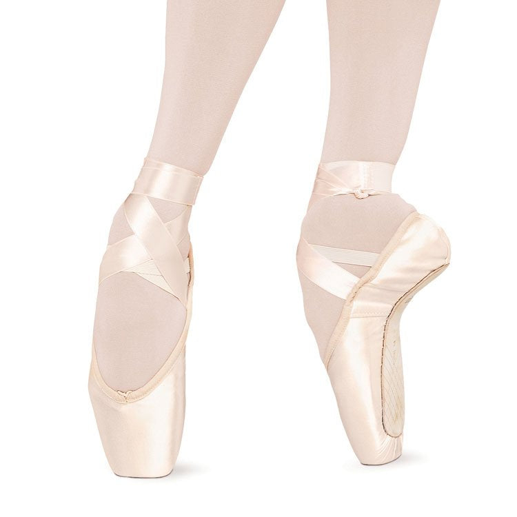 S0131 - Bloch Serenade Pointe Shoe