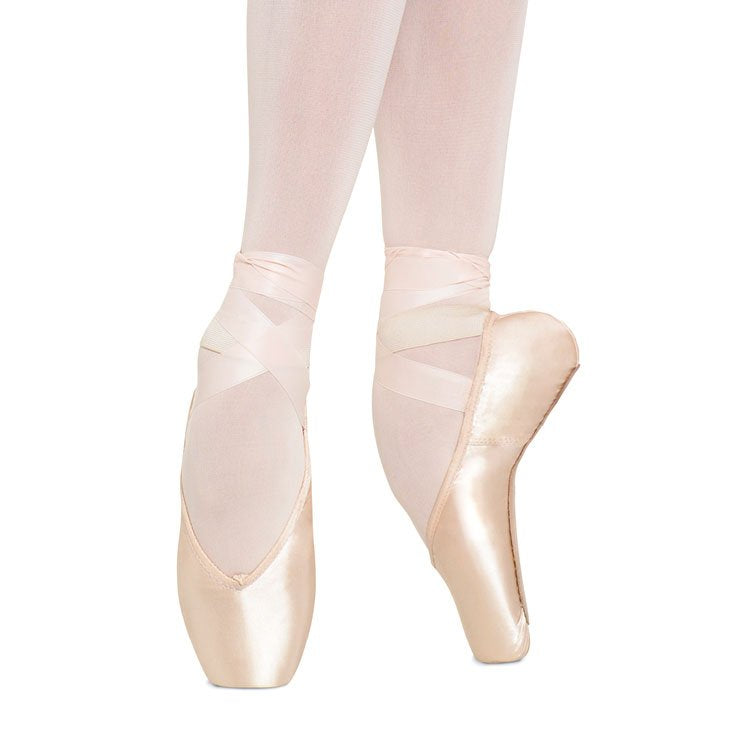 S0180 - Bloch Heritage Pointe Shoe