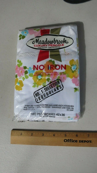 Meadowbrook Percale Pillowcases NIP NOS Floral Pattern 50/50