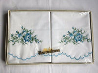 Vtg Horrockes Pair Embroidered Floral Pillowcases In Box