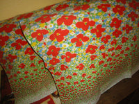 VINTAGE BURLINGTON POPPIES RED GREEN BLUE FLORAL (2) STANDARD PILLOWCASES 20X30