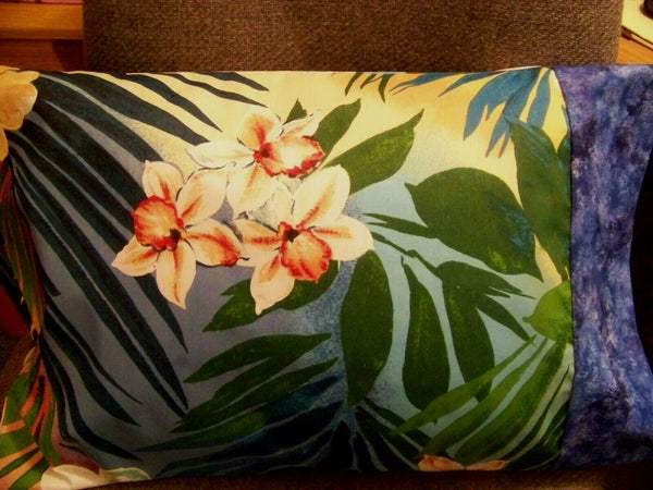 TRAVEL SIZE PILLOWCASE FLORAL HAWAIIAN PATTERN/BLUE & WHITE TONE-ON-TONE CUFF
