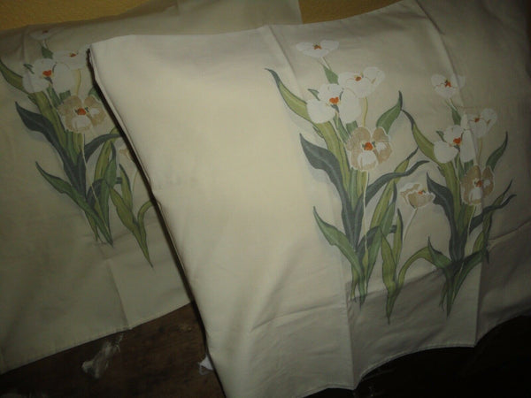 VINTAGE UTICA ORCHIDS CREAM GREEN FLORAL (2) STANDARD PILLOWCASES 20X29 & 20X30