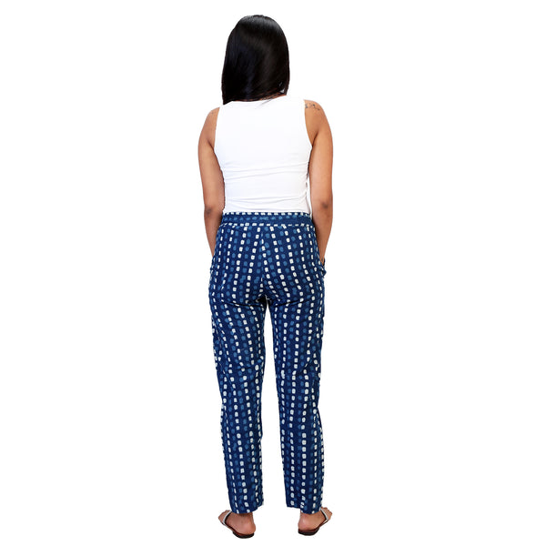 women's-travel-pants-with-pockets-online