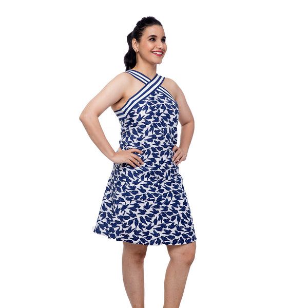 white-and-blue-halter-dress-for-ladies