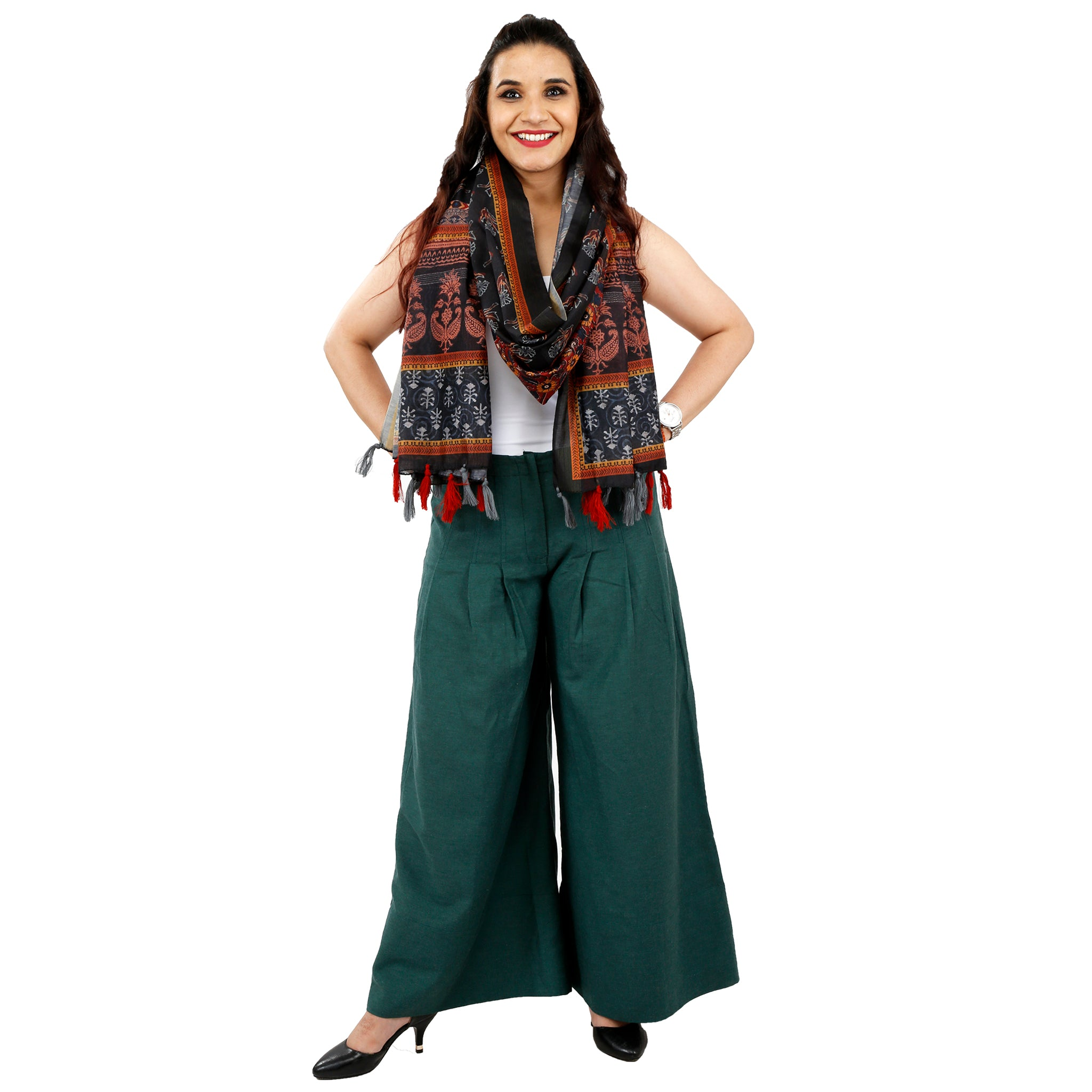shubhangi litoria-SIT-maid-wearing-green-palazzo-pants
