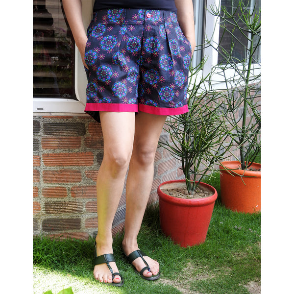knee-length-shorts-for-ladies