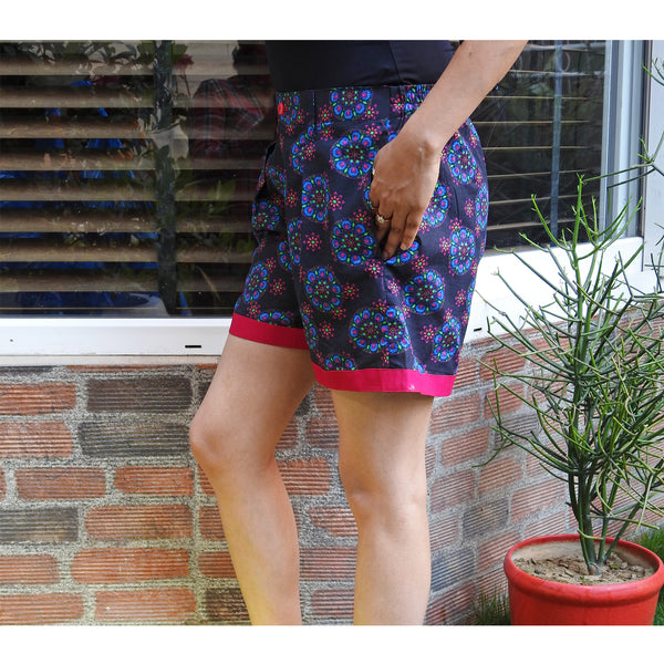 Kaleido Funky Shorts With Pockets