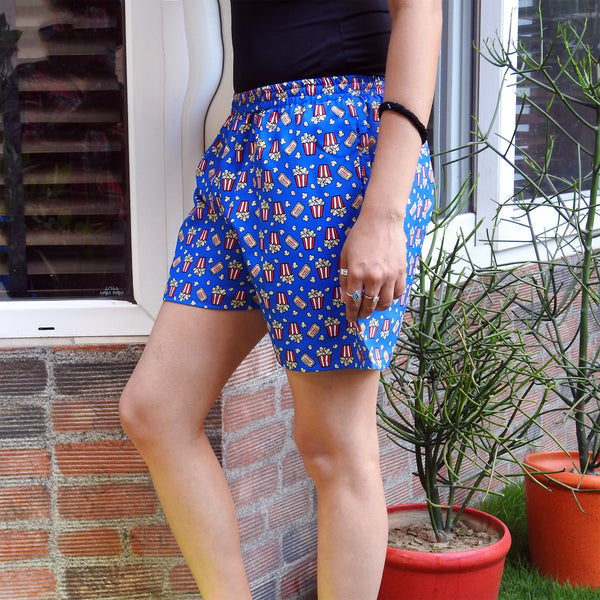 quirky print casual shorts with pockets online
