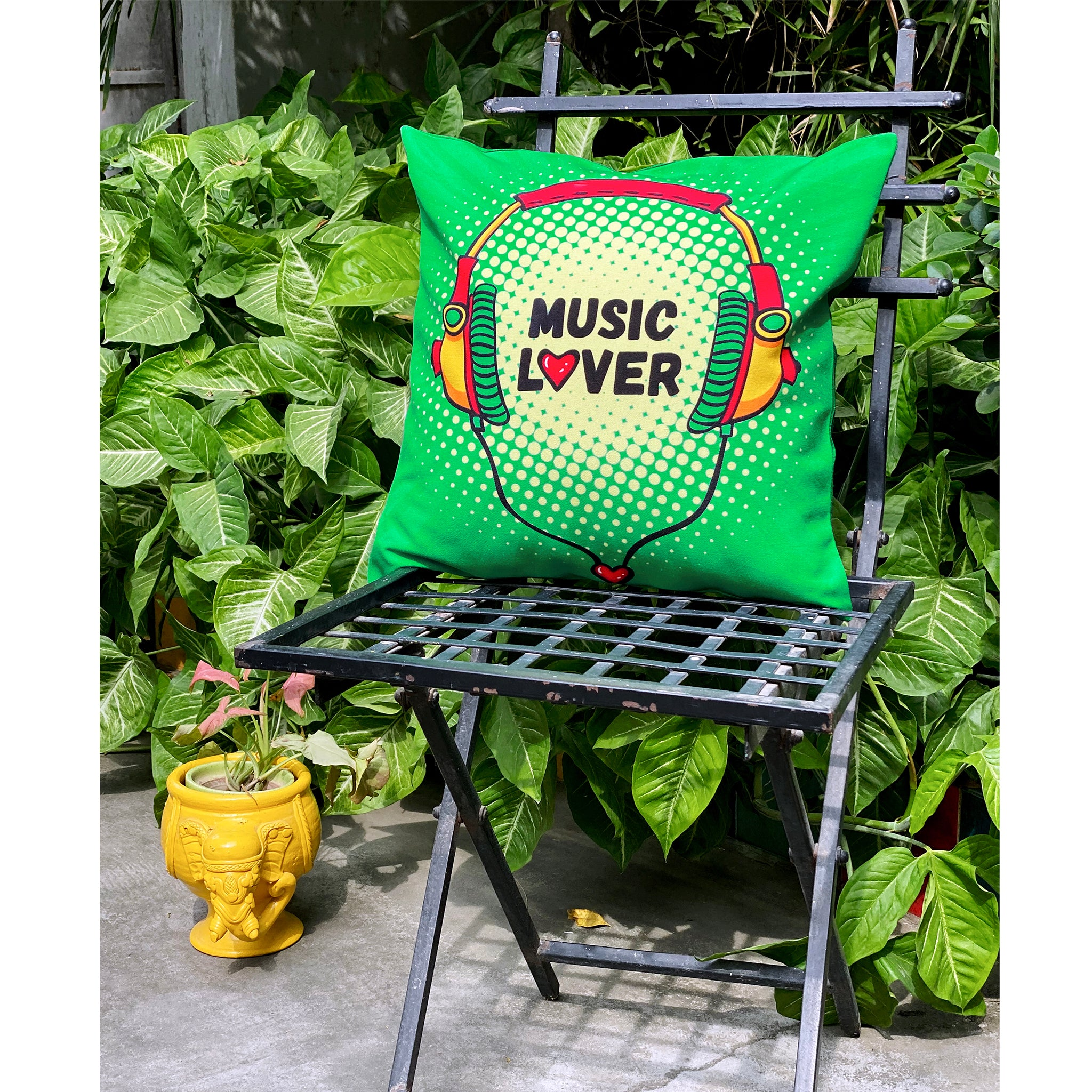 head-phone-print-cushion-cover-for-music-lover-online