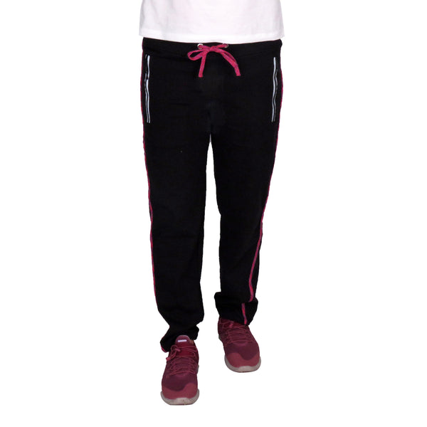 woman-wearing-black-joggers-with-pockets-with-zip