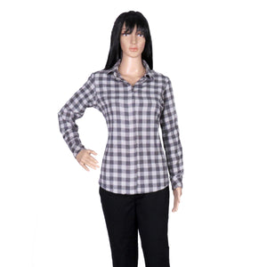 woman-wearing-checkered-flannel-shirt