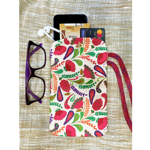 floral-cell-phone-pouch-for-women