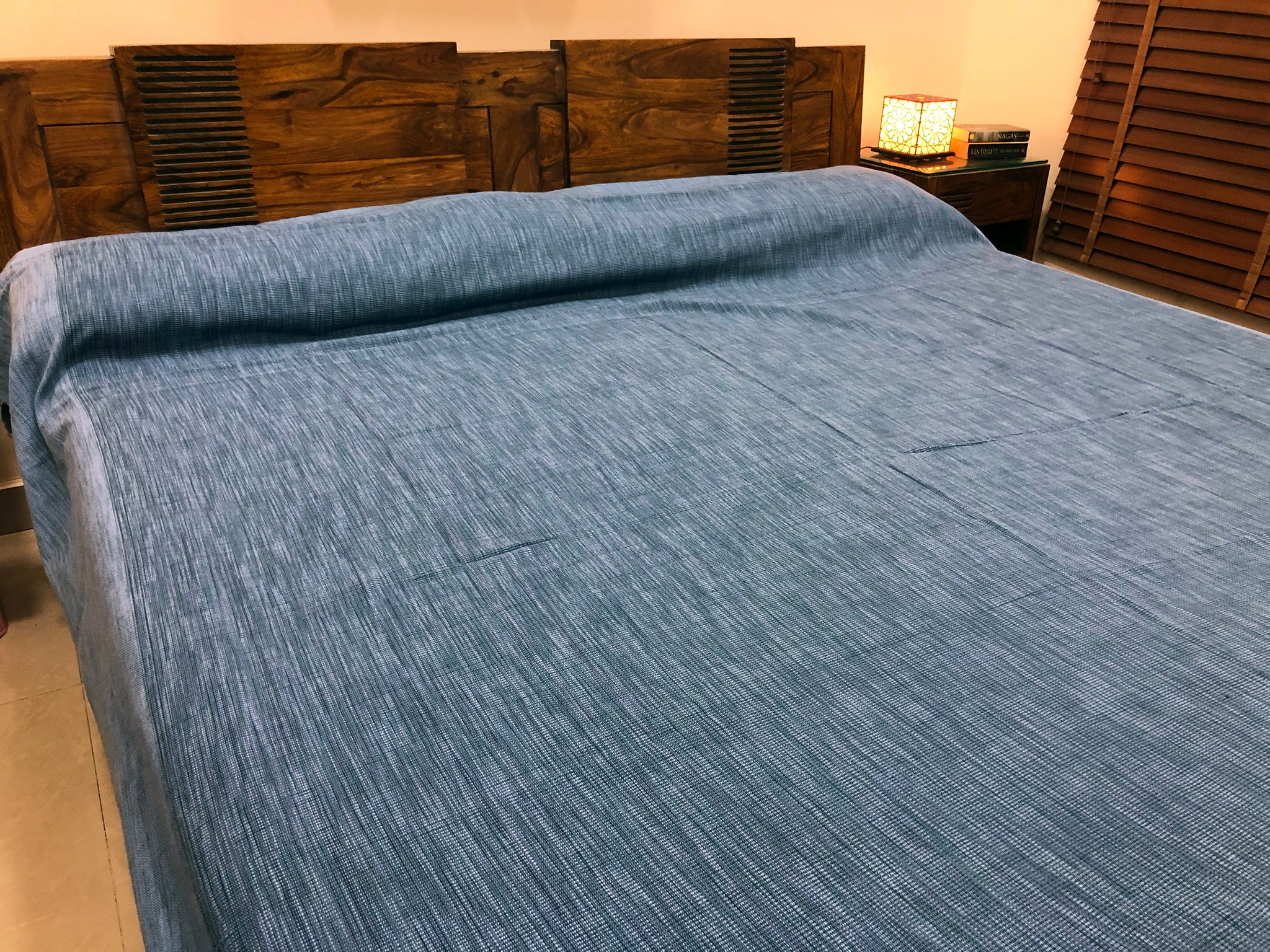 textured-blue-bed-spread-online-at-low-rates