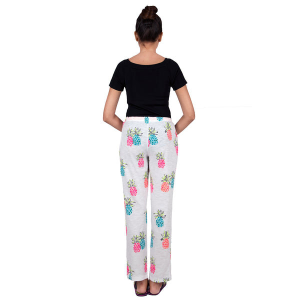 women's-pyjamas-in-funky-print-online-india
