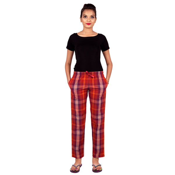checkered-cotton-pyjamas-for-women-and-girls