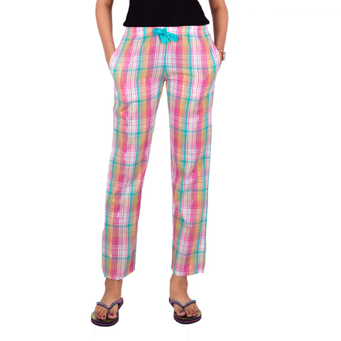checked-cototn-pyjamas-for-ladies