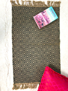 jute-rug-for-housewarming-party-india