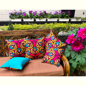 Zabarwan Tulips Cushion Cover