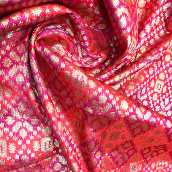 brocade-fabric-online-in-ornage-and-magenta-colour