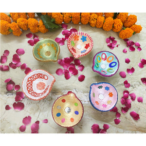 hand-painted-diyas-for-diwali