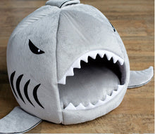 Load image into Gallery viewer, Shark Pet House
