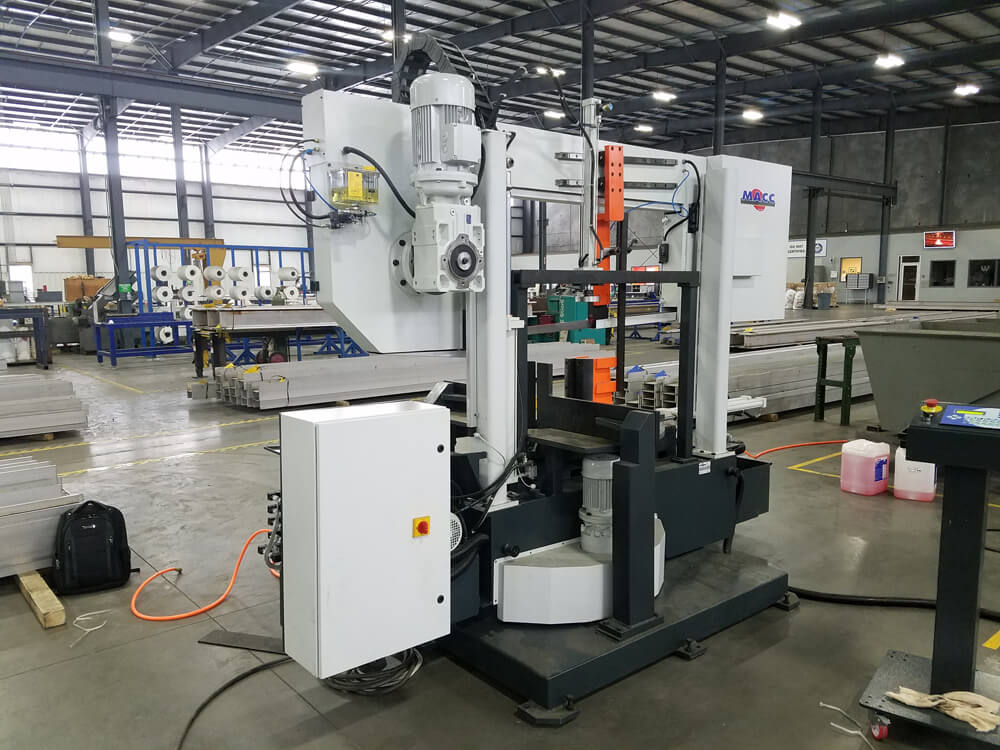 "S 702 GA: Semi-Automatic, Double-Column Band Saw with Auto-Head Mitering/Rotation (21-5/8"" Round Tube Capacity)"