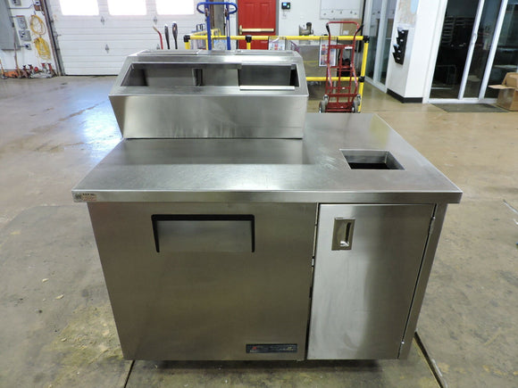 True TSSU-27-8 Custom Commercial Refrigerated Sandwich / Salad Prep Table,