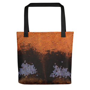 Tote bag featuring scales on the wing of a small tortoiseshell butterfly, showing part of the left hindwing edge with reflective scales. Image by John Chapman, specimen courtesy of Cliffe Castle Museum, Keighley, UK