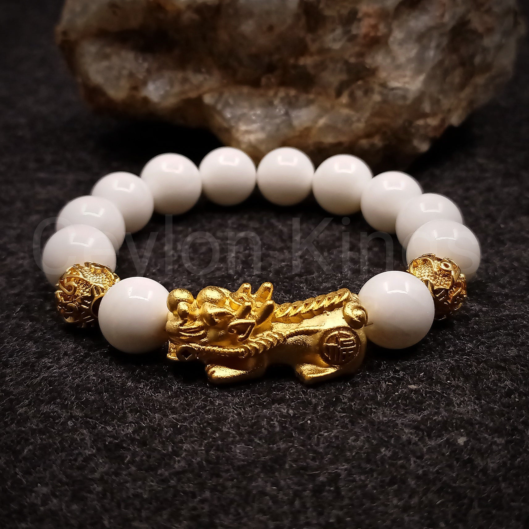 Feng Shui White Onyx Wealth Bracelet
