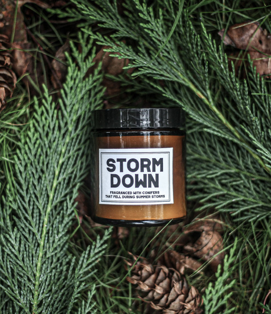 STORM DOWN CANDLE