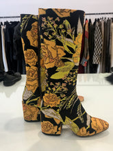 Load image into Gallery viewer, Dries Van Noten Gold  block hill Knee high Boots