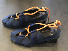 Load image into Gallery viewer, Dries Van Blue&Black strap canvas  sandals .